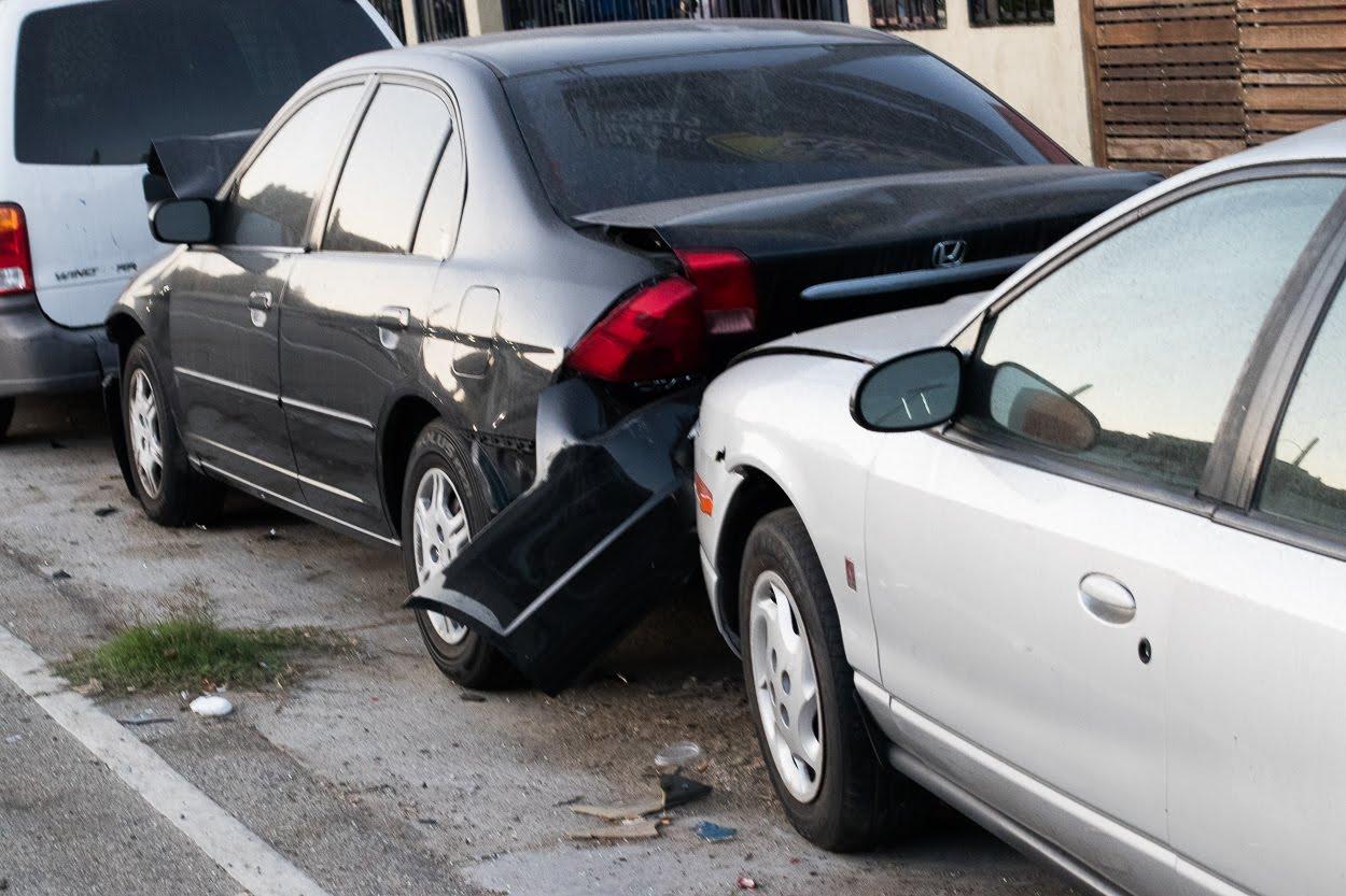 Stockton, CA – Car Crash on Ort J Lofthus Fwy (CA-4) Results in Injuries