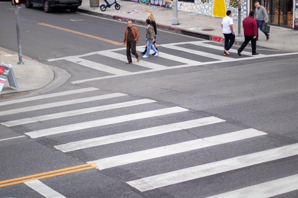 Fresno, CA – Pedestrian Injured in Crash at Olive and Hughes Avenue