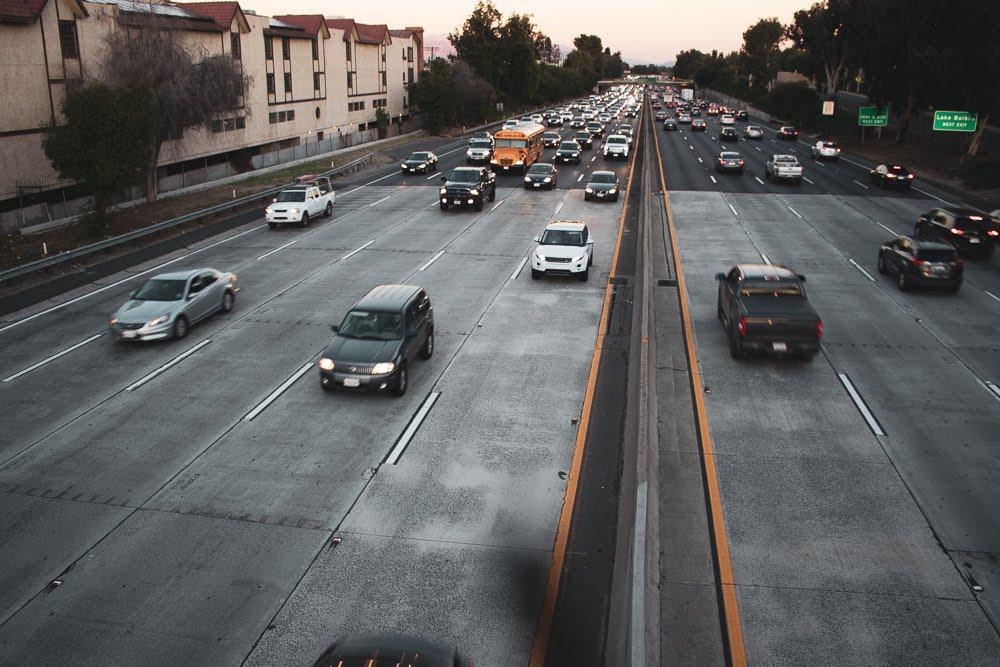 Fresno, CA – One Injured in Crash on Hwy 99 near Olive Ave