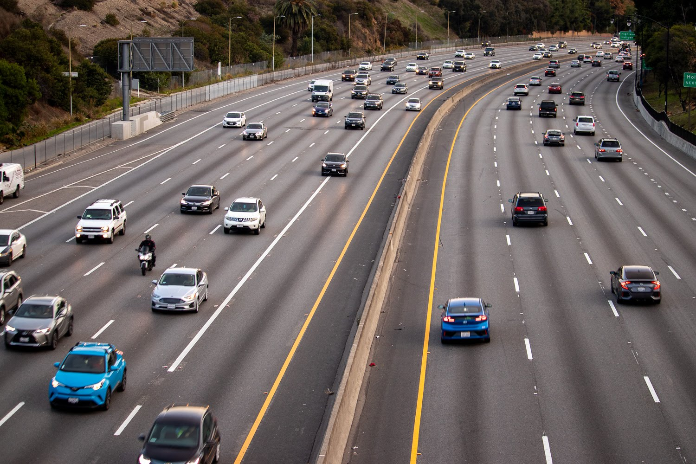 Kern County, CA – Rollover Crash Injures Three Children on Hwy 99 near Kimberlina Rd